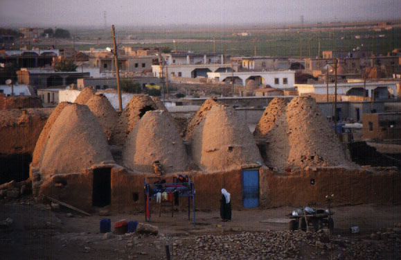 File:Harran-beehouses.jpg