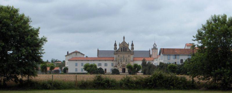 Vue générale de Notre-Dame du Refuge