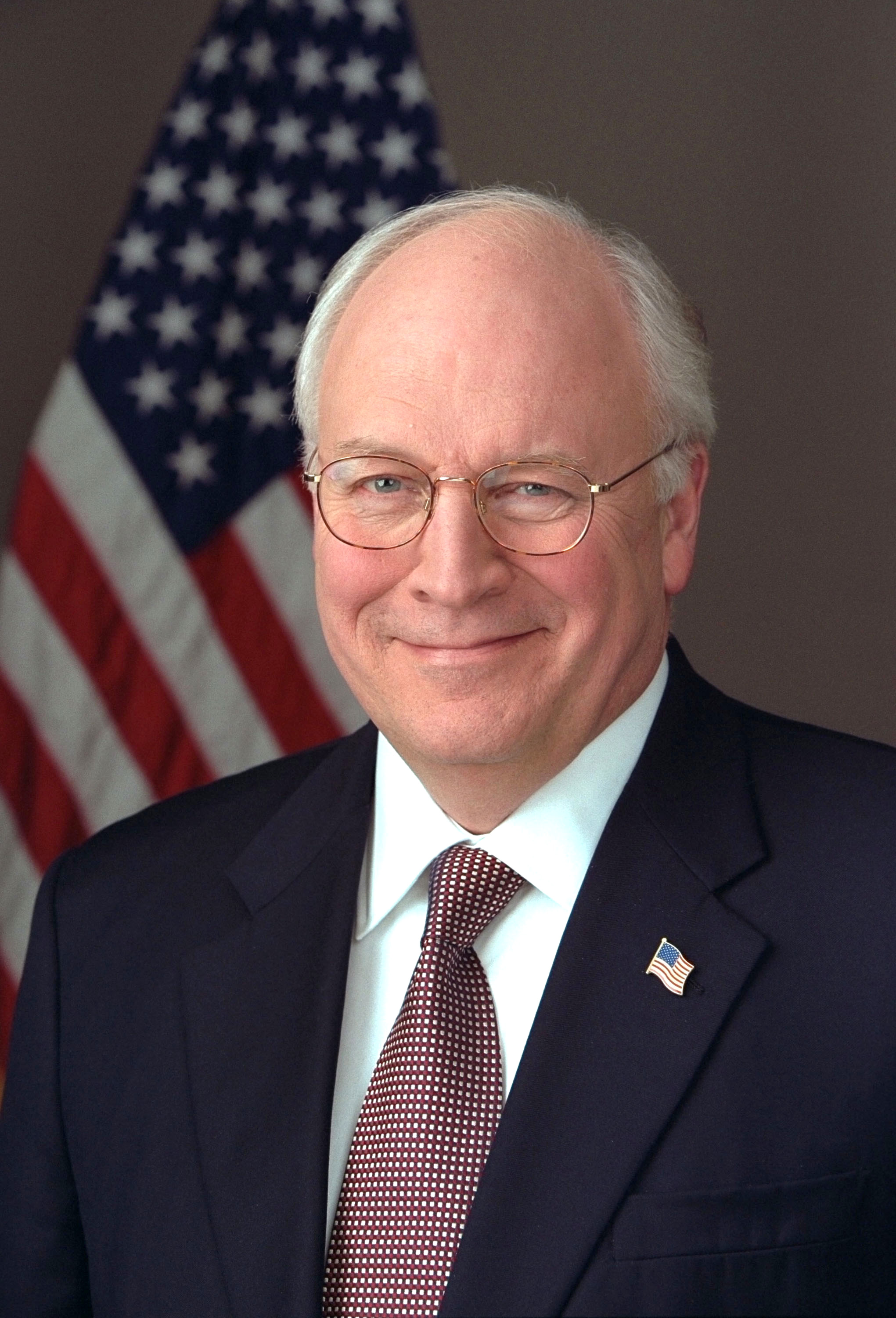 https://i2.wp.com/upload.wikimedia.org/wikipedia/commons/2/2b/Richard_Cheney_2005_official_portrait.jpg