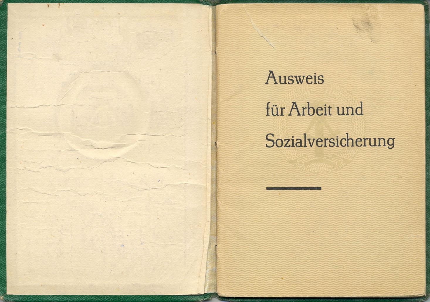Sozialversicherungsausweis 1966 DDR anonymisiert
