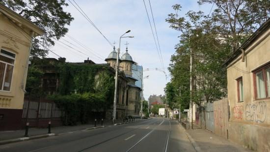 Old Bucharest private tour - Calea Mosilor | Romania custom made journey