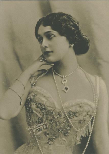 Lina Cavalieri Wikipedia