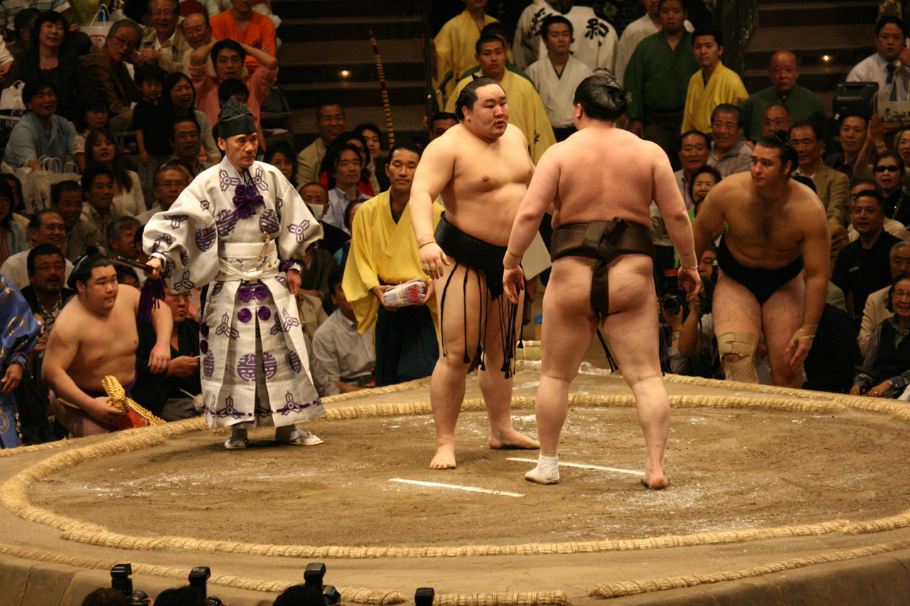 File:Asashoryu and Hakuho glare at each other 2008 May.jpg