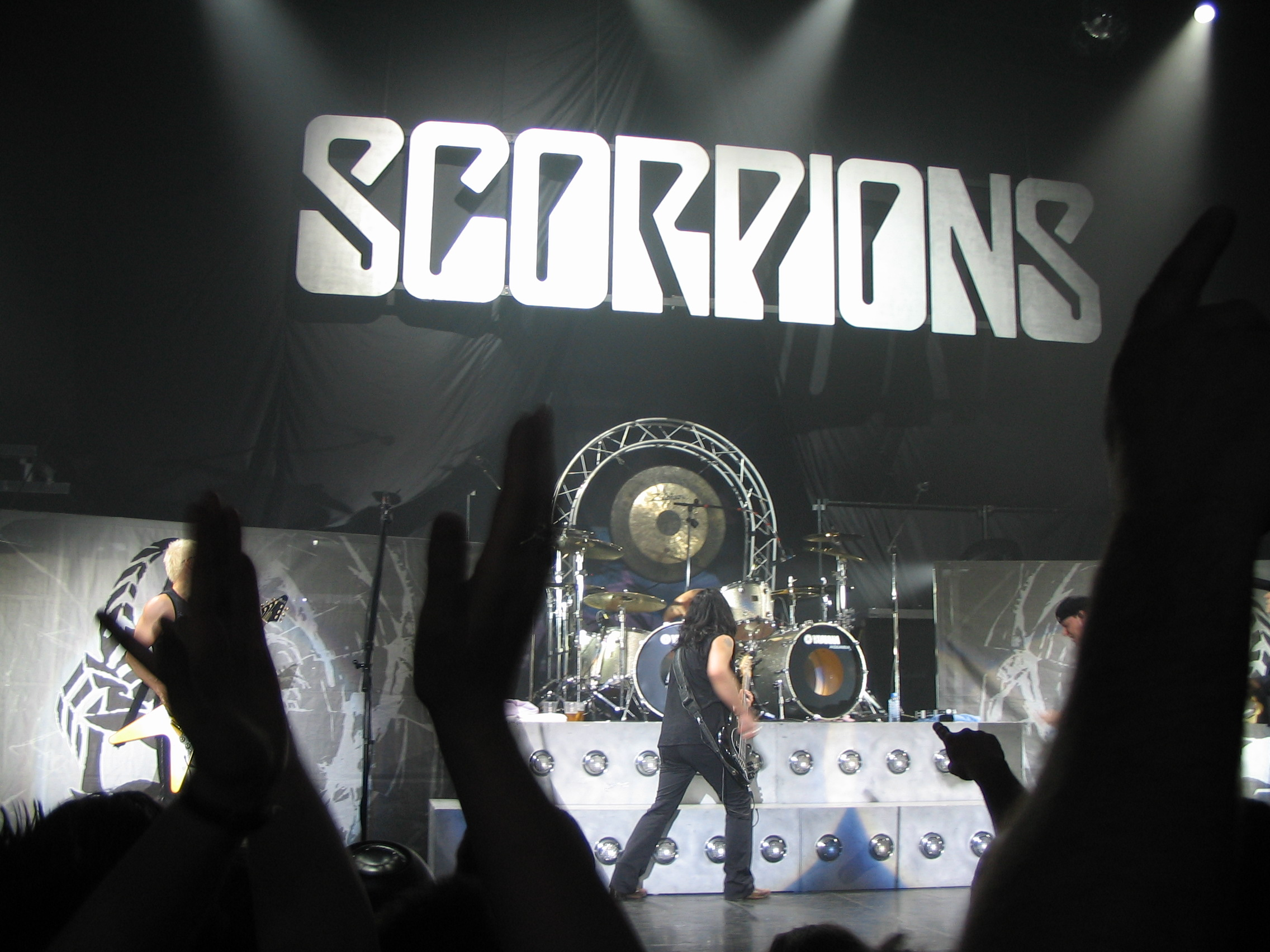 https://i2.wp.com/upload.wikimedia.org/wikipedia/commons/2/2f/Scorpions-29.jpg