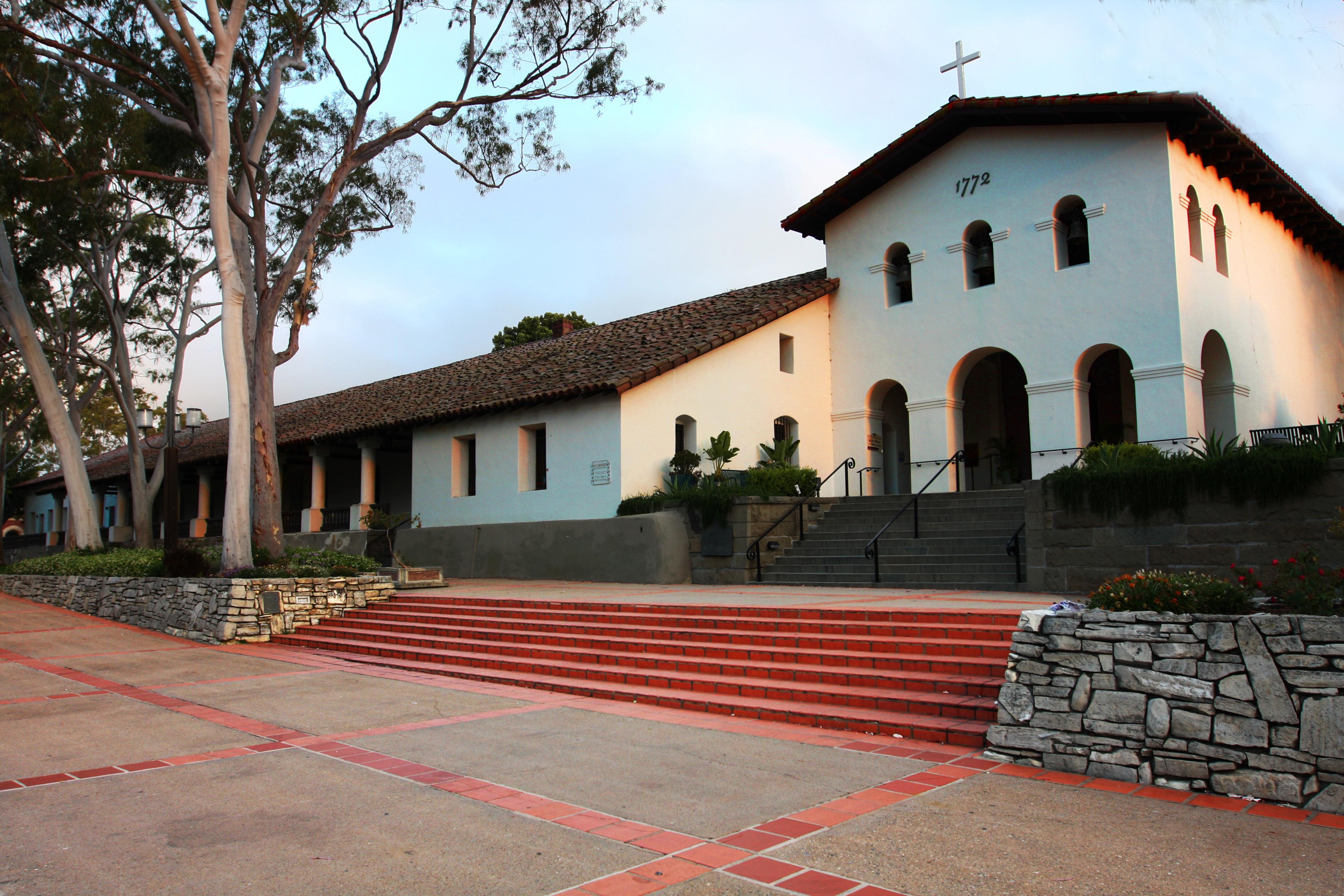 San Luis High Mission Obispo Tolosa De Picture