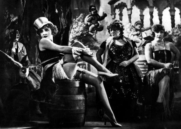 File:Marlene Dietrich in The Blue Angel.png