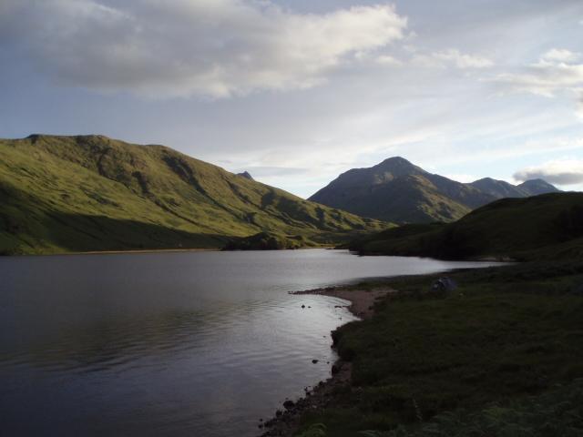 File:Loch Arkaig.jpg