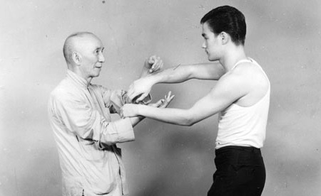 File:The age of 18 Bruce Lee and Ye Wen.jpg