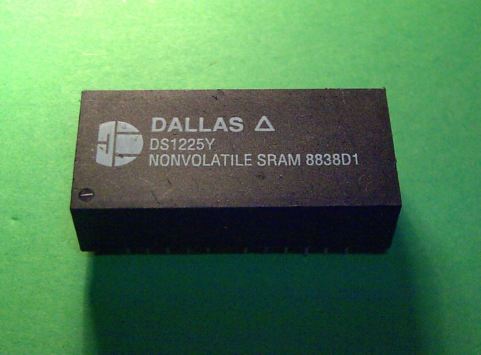 Memoria NVRAM (Imagen sacada de Wikipedia)