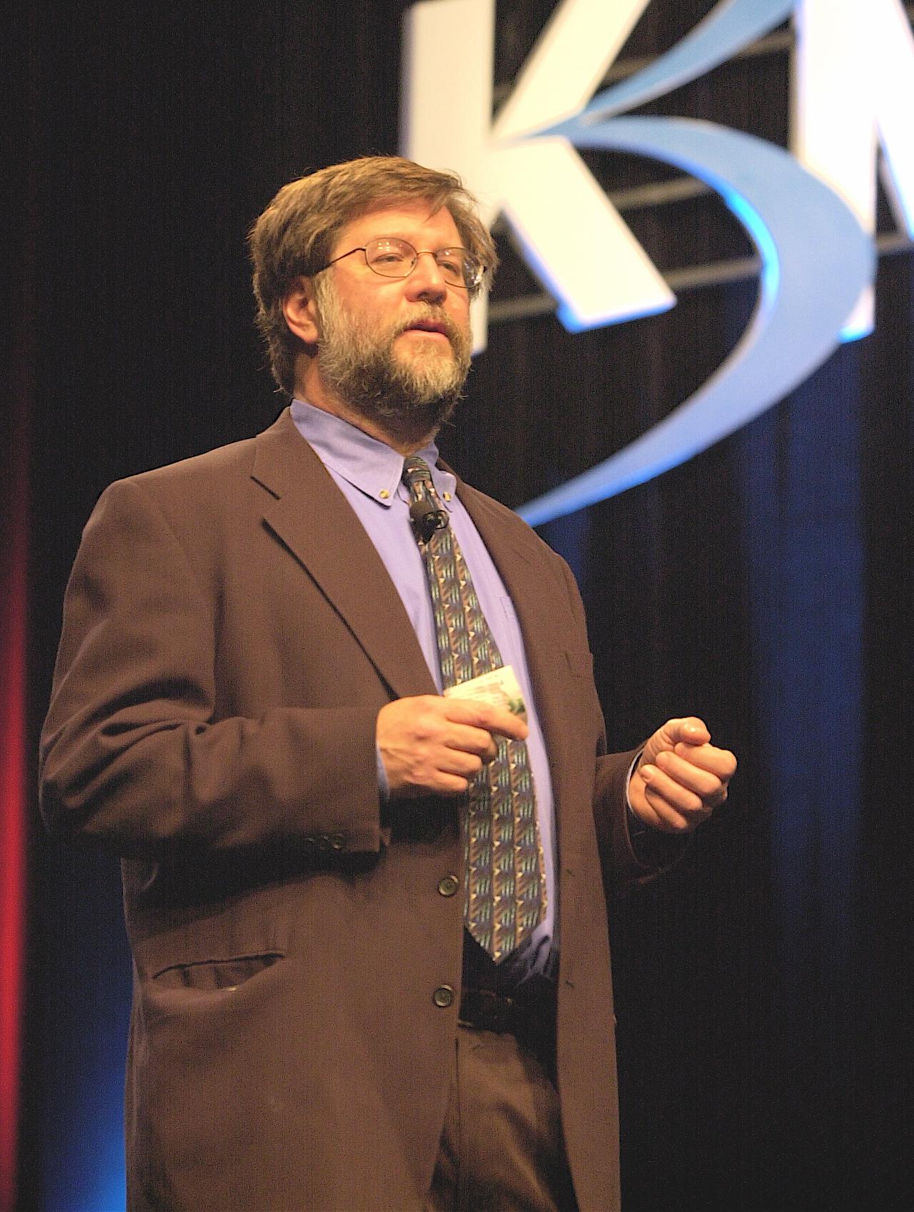 http://en.wikipedia.org/wiki/Craig_Cline