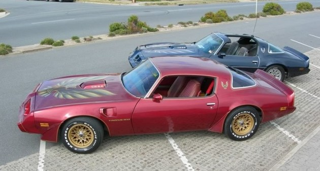 1976 pontiac cars » Pontiac Firebird   Wikipedia 1979 Pontiac Firebird Trans AM  in T top and Coupe versions