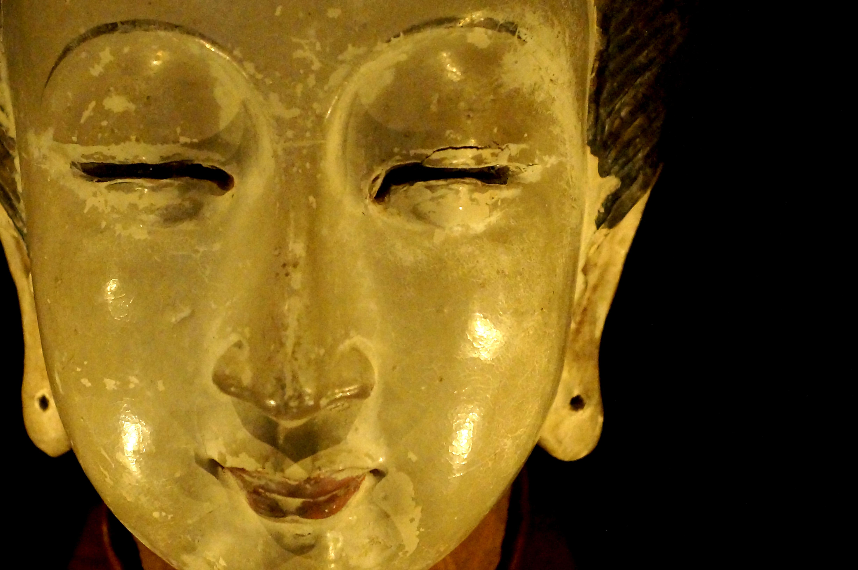 Ett skulpterat kvnnohuvud från Songdynastin, Kina. Foto: LMarianne. Licens: CC-BY-SA.