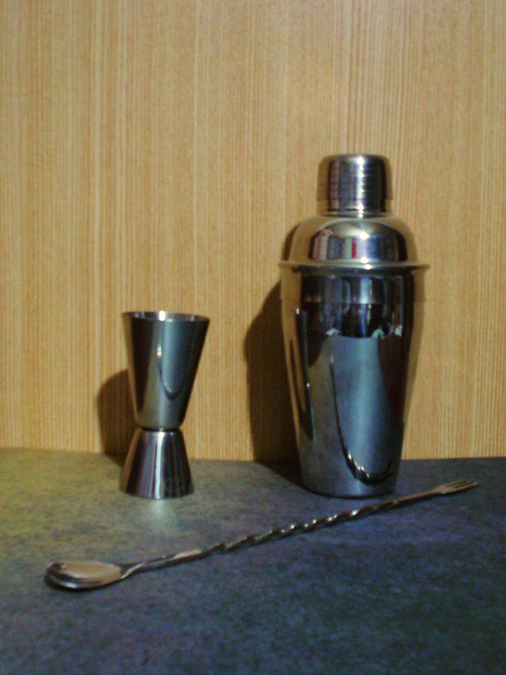 シェイカー 調理器具 Wikipedia