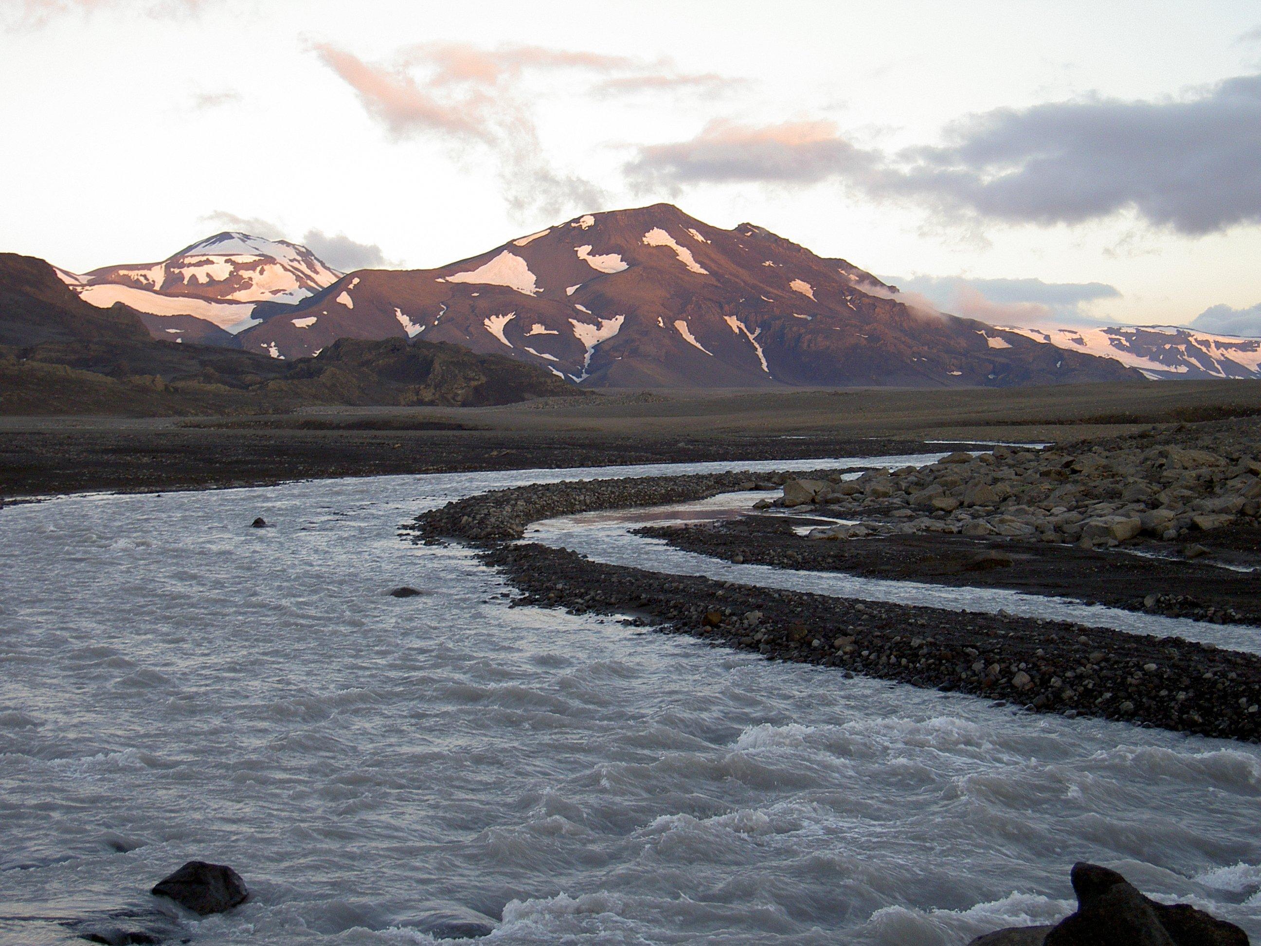 Where was oblivion filmed garrett on the road - Jarlhettur iceland ...