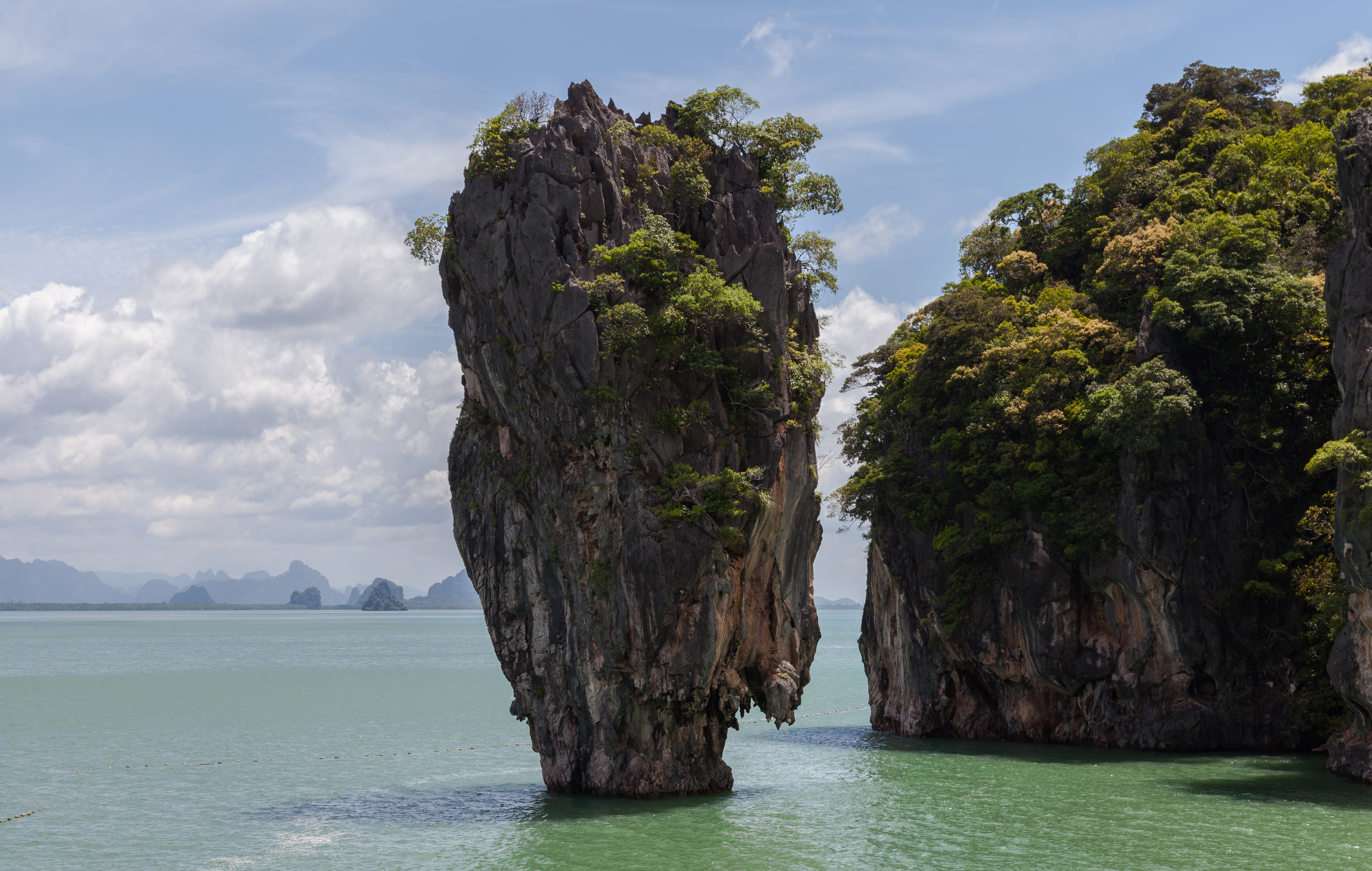 10 Fascinating Rock Formations Around The World
