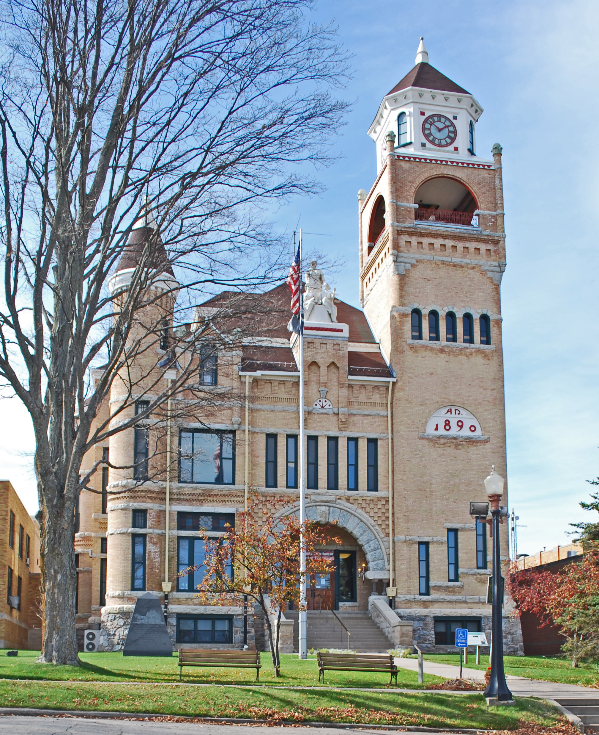 Michigan schoolcraft county germfask - Richardsonian Romanesque Style