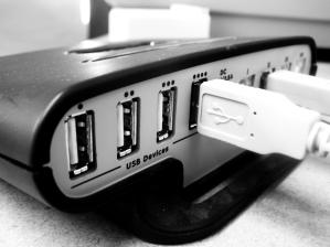 Small USB hub. Photo taken with a Canon Digita...