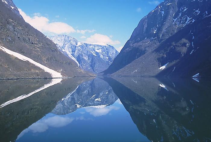 Wybrzeże fiordowe (Sognefjord, Norwegia)
