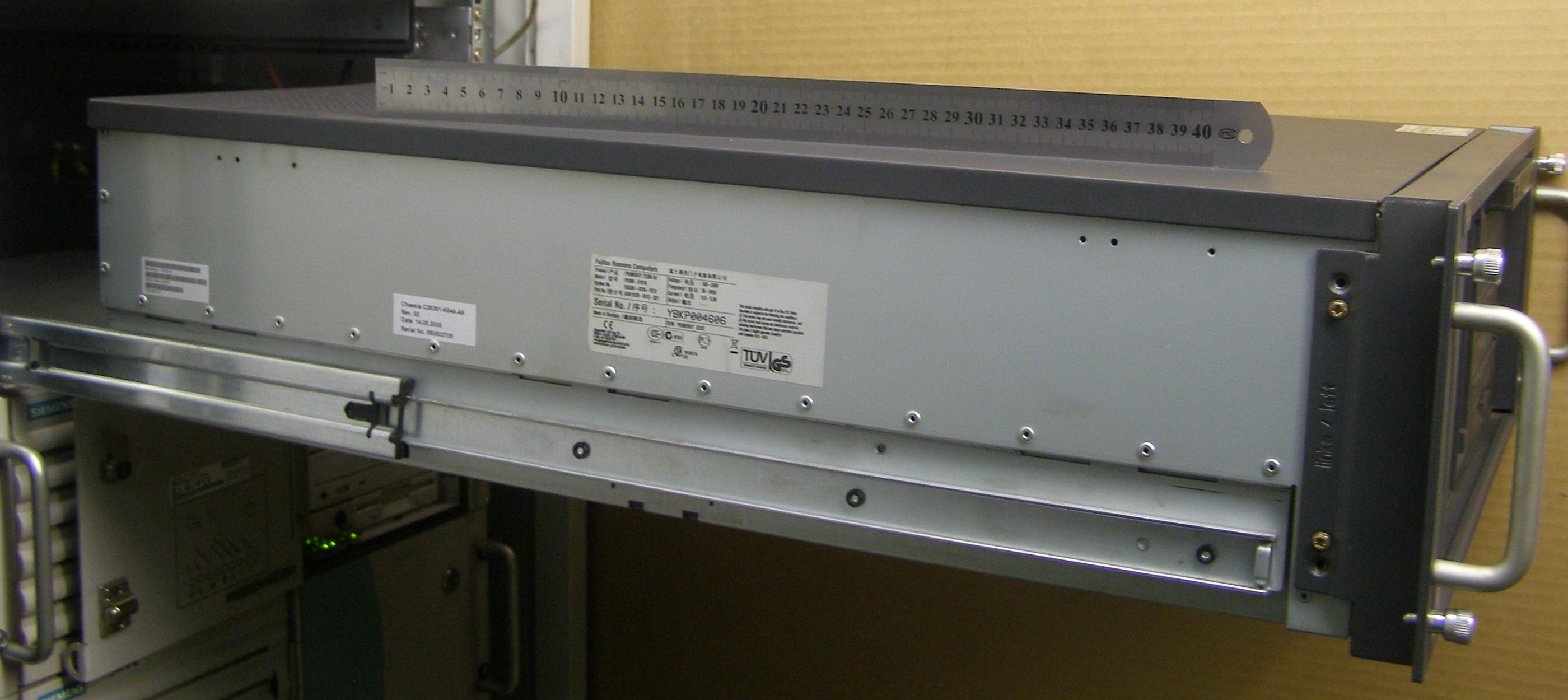 https commons wikimedia org wiki file fujitsu siemens 19inch rack rail system 20100621 jpg