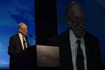 Alvin Toffler presenting his key note address ...