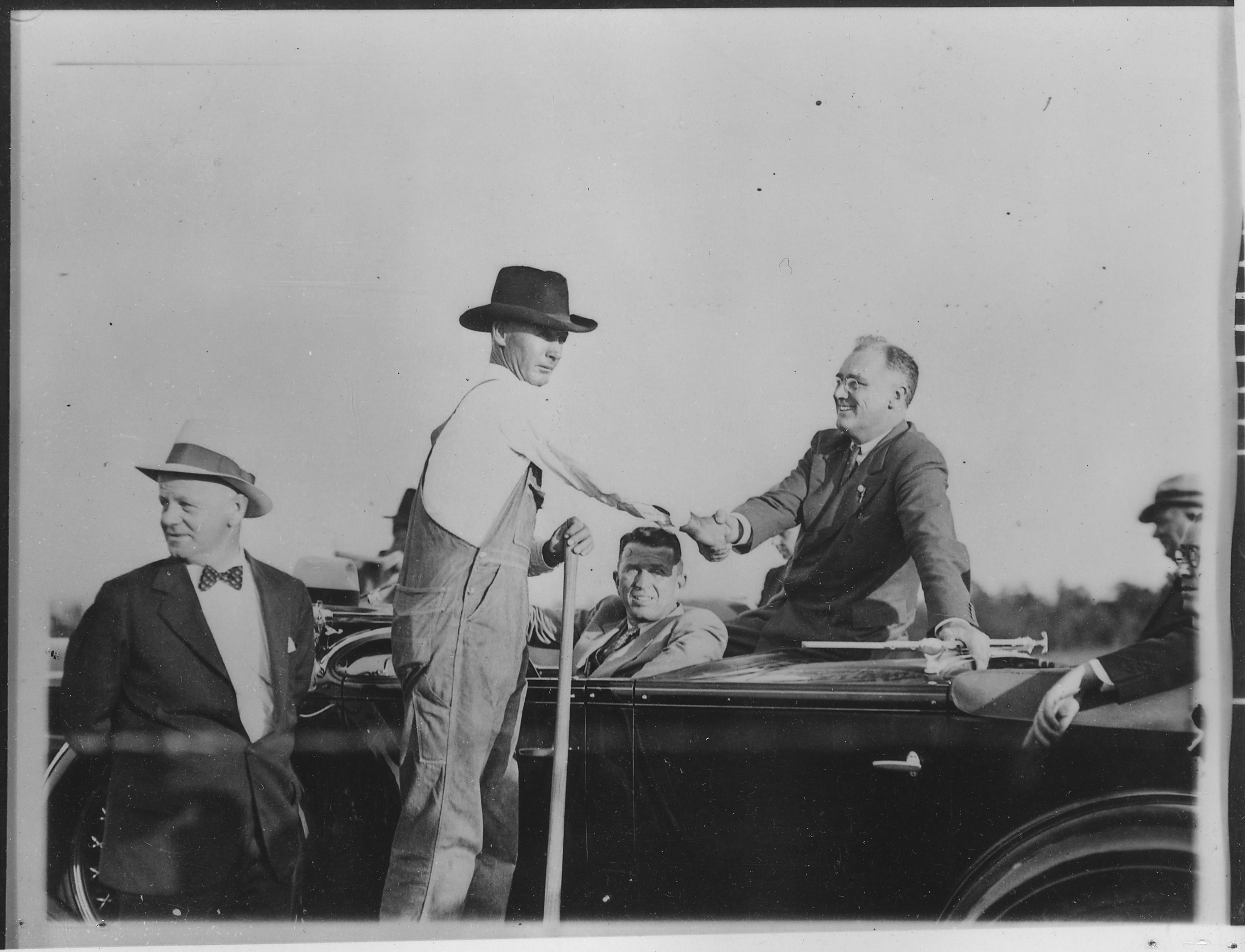 File Franklin D Roosevelt And A Farmer Enroute To Warm