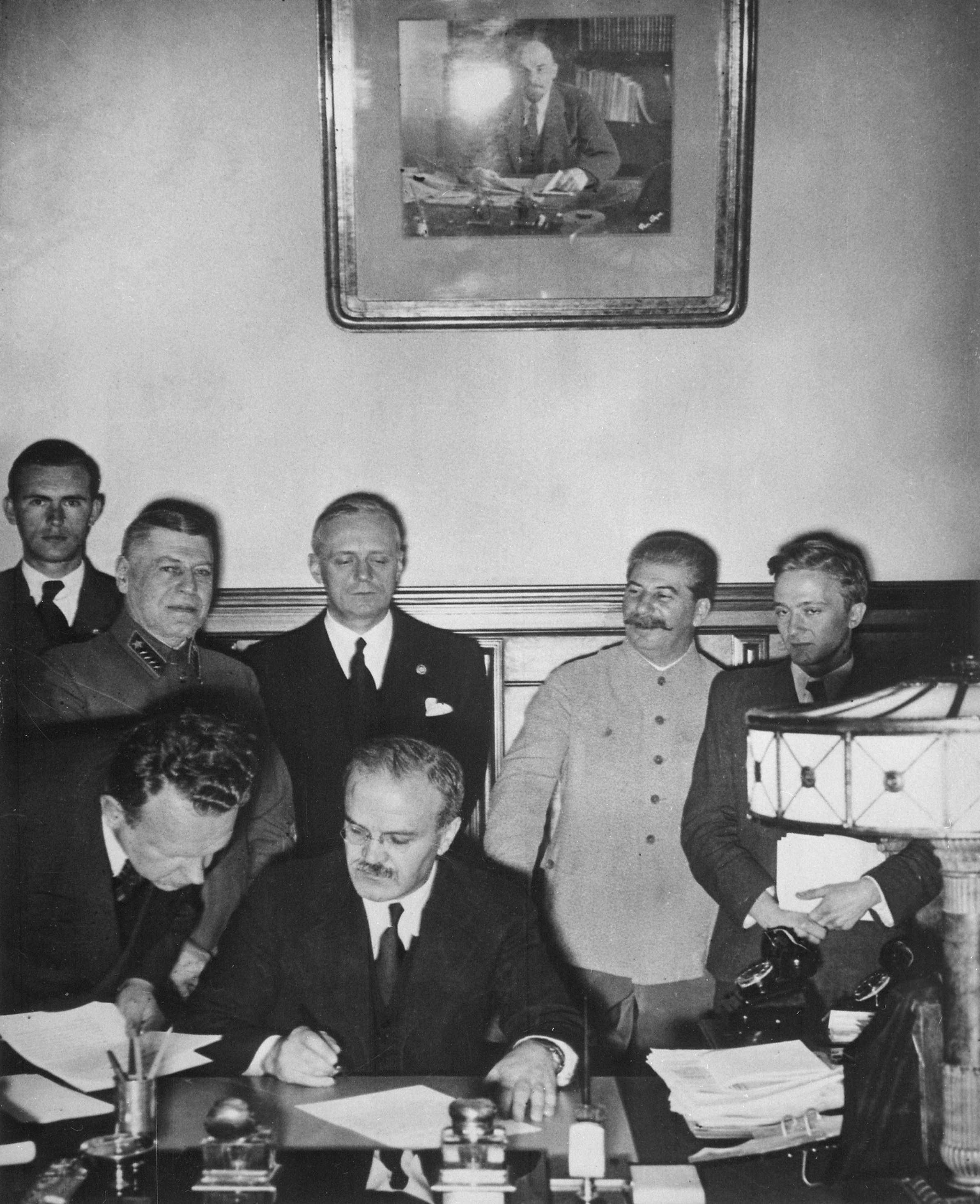 Soviet Foreign Minister Molotov signs the Germ...