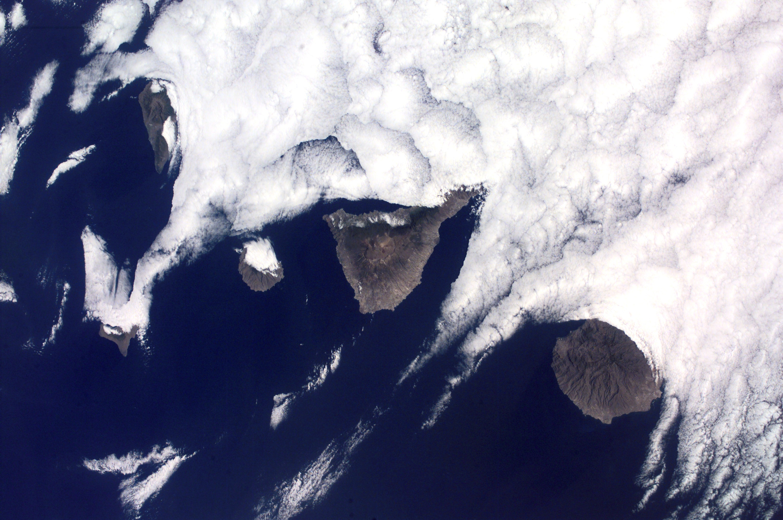 File:Canarias NASA.JPG