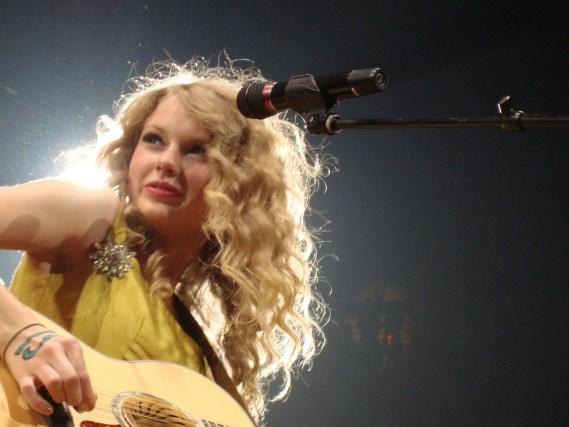 Taylor Swift in Fearless era