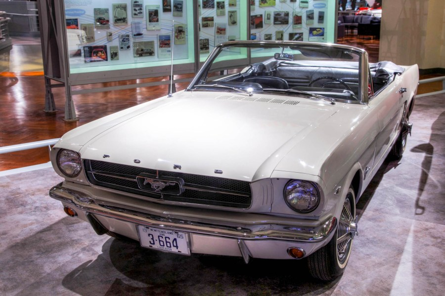 1958 ford cars » Ford Mustang   Wikipedia  1964      Mustang convertible Serial  1  sold to Stanley Tucker who was given  the one millionth Mustang in exchange for his historic car