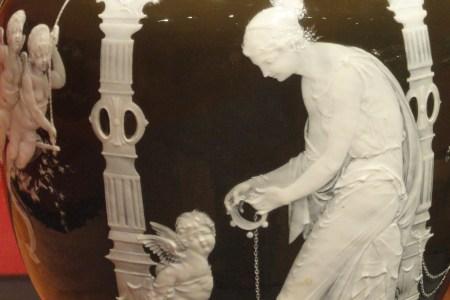 Download Wallpaper History Of Vases Full Wallpapers