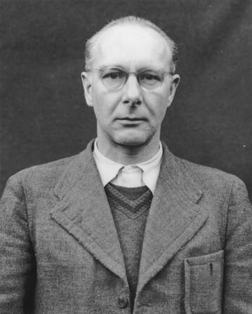 File:Viktor Brack Nürnberg 2.jpg