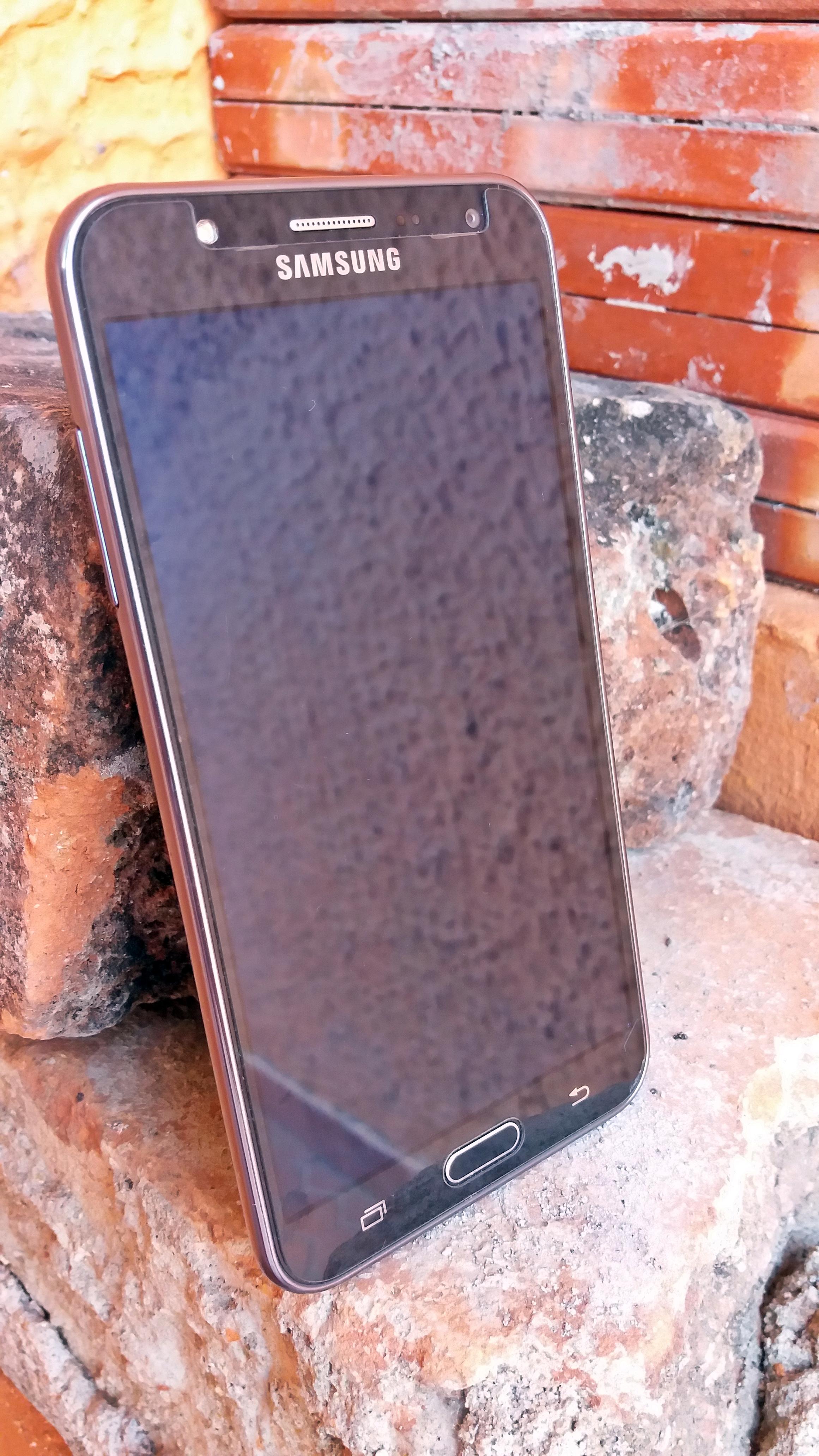 Samsung Galaxy J7 Wikipedia