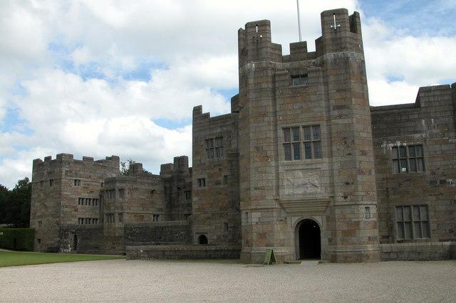 English: Castle Drogo Castle Drogo is the last...