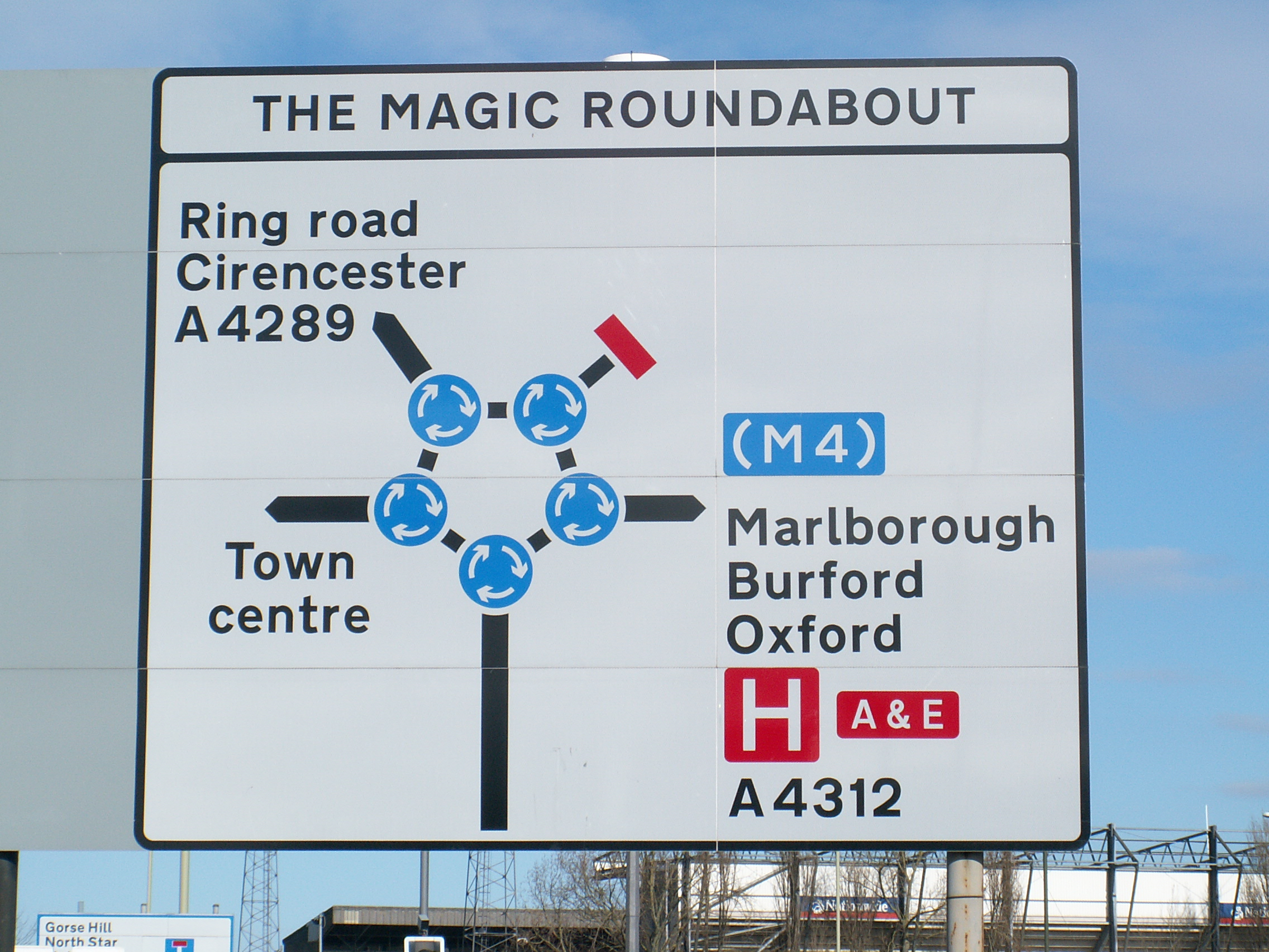 https://i2.wp.com/upload.wikimedia.org/wikipedia/commons/5/58/Magic_Roundabout_Schild_db.jpg