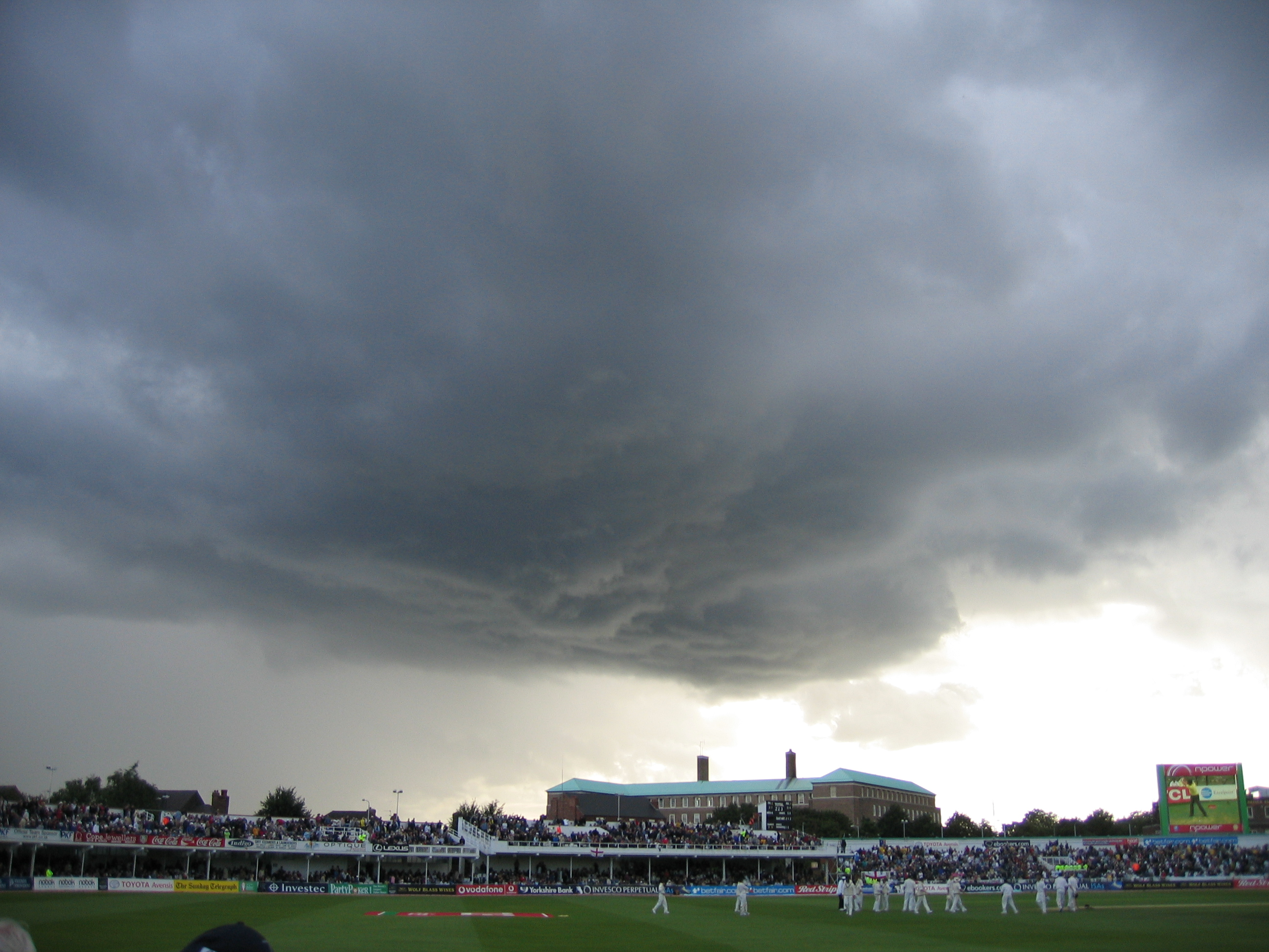 File Trent Bridge Rain Clouds 26 Aug