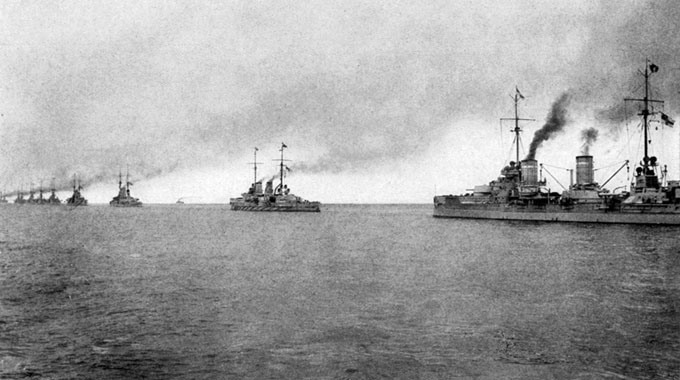 A battleship squadron of the Hochseeflotte at sea.