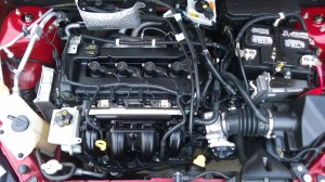 File:2009FordFocusSES(coupe)EngineBayjpg  Wikimedia Commons