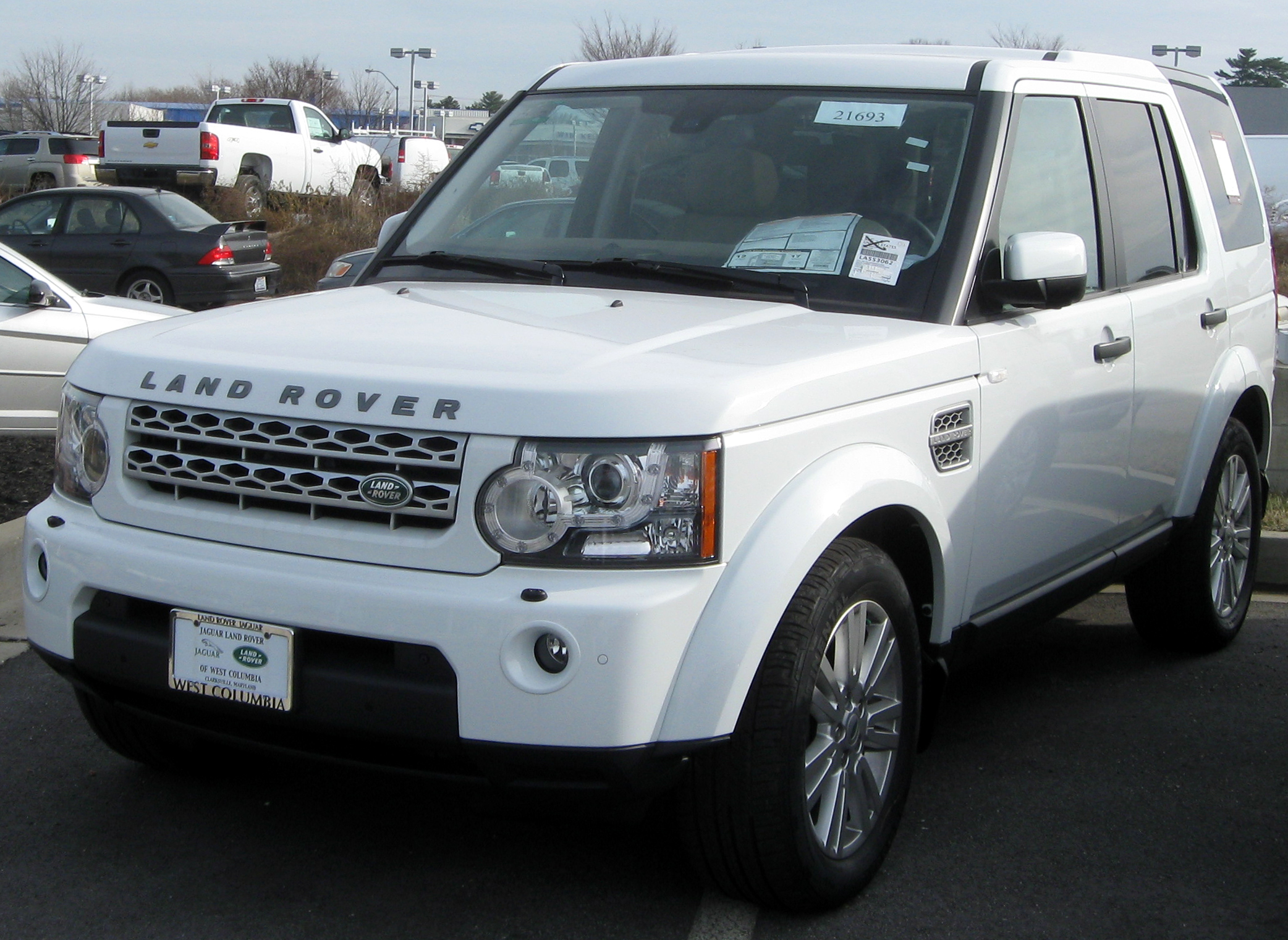 File 2011 Land Rover LR4 12 31 2010 Wikimedia mons