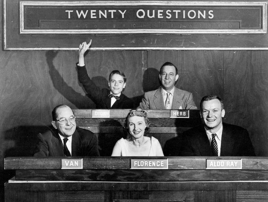 English: Publicity photo from the game show Tw...