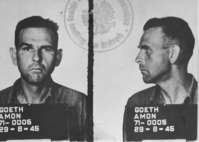 Amon Göth..... Amon_G%C3%B6th-prisoner_1945