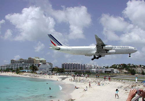 Datei:Airport SXM.jpg