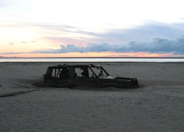 Sandy ass car