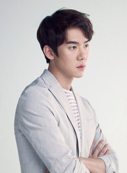 Yoo Yeon-seok for Bean Pole accessories Summer 2015 collection