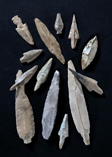 File:Ashkelon Pre-Pottery Neolithic C flint arrowheads.jpg