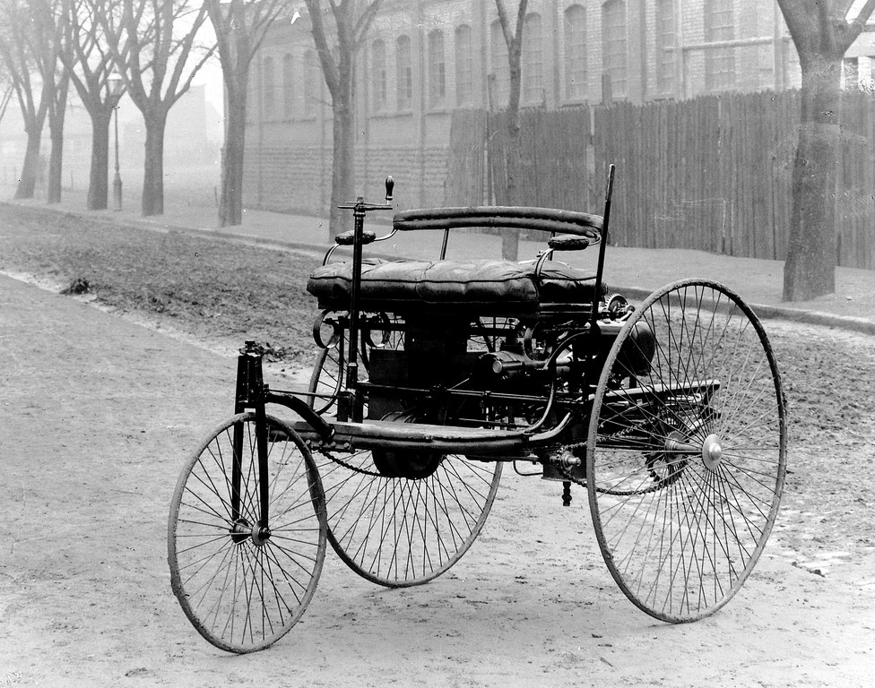 First automobile ever made had 3 wheels and a benz motor with an internal combustion.