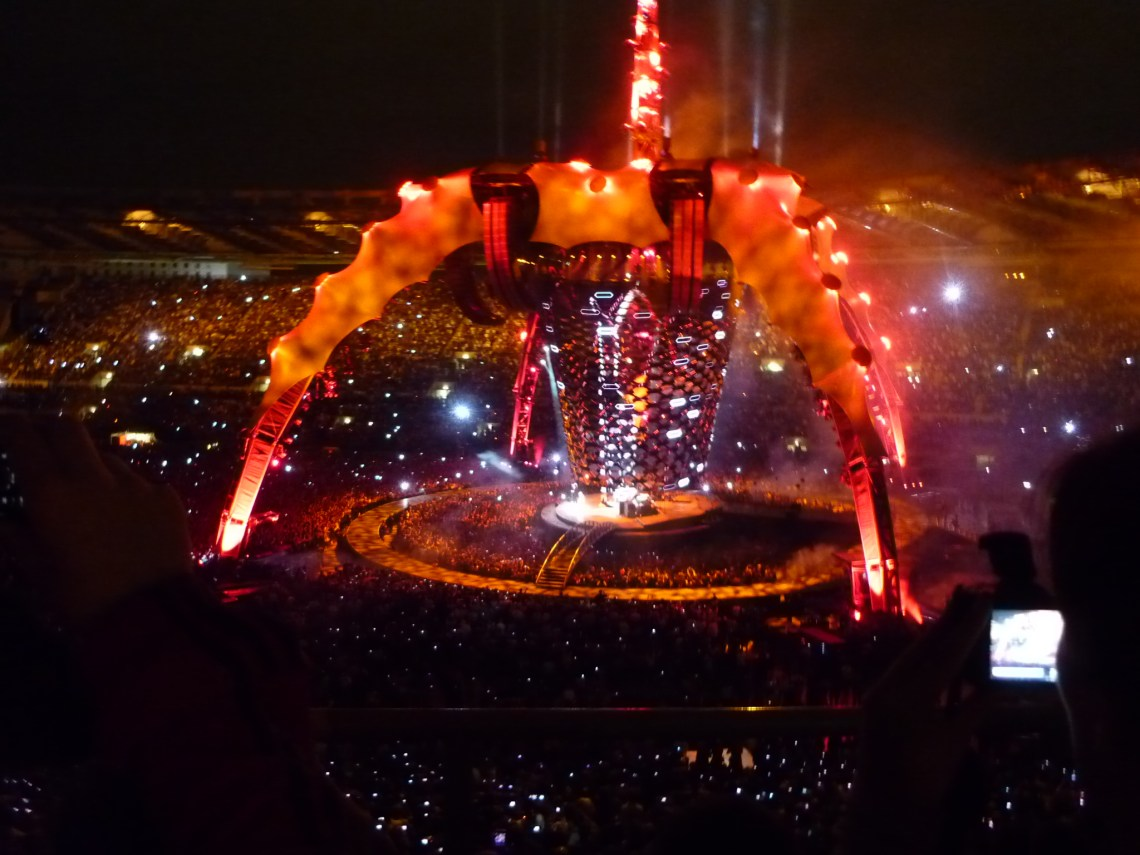 2010 10 08 U2 Live at Stadio Olimpico Rome 1 Live Wallpaper Free For Iphone