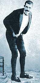 Joseph Pujol (Le Pétomane) i konsert.