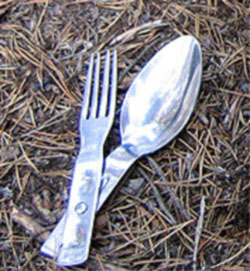A fork-spoon combination used by Finnish military