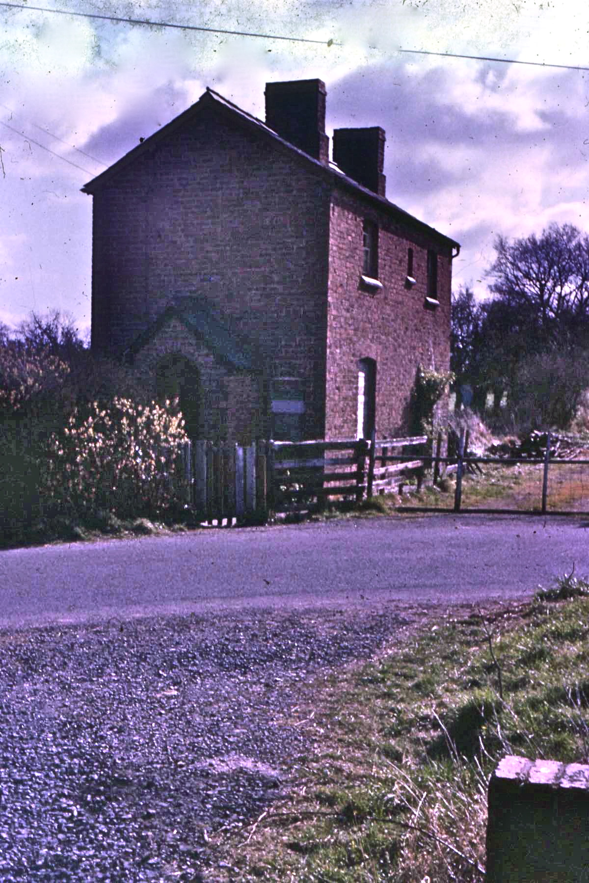 File:67A01 Shoot Hill Halt, Ford, Shropshire and Montgomeryshire