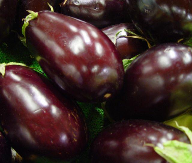 Fileeggplant Vegetable Aubergines Jpg